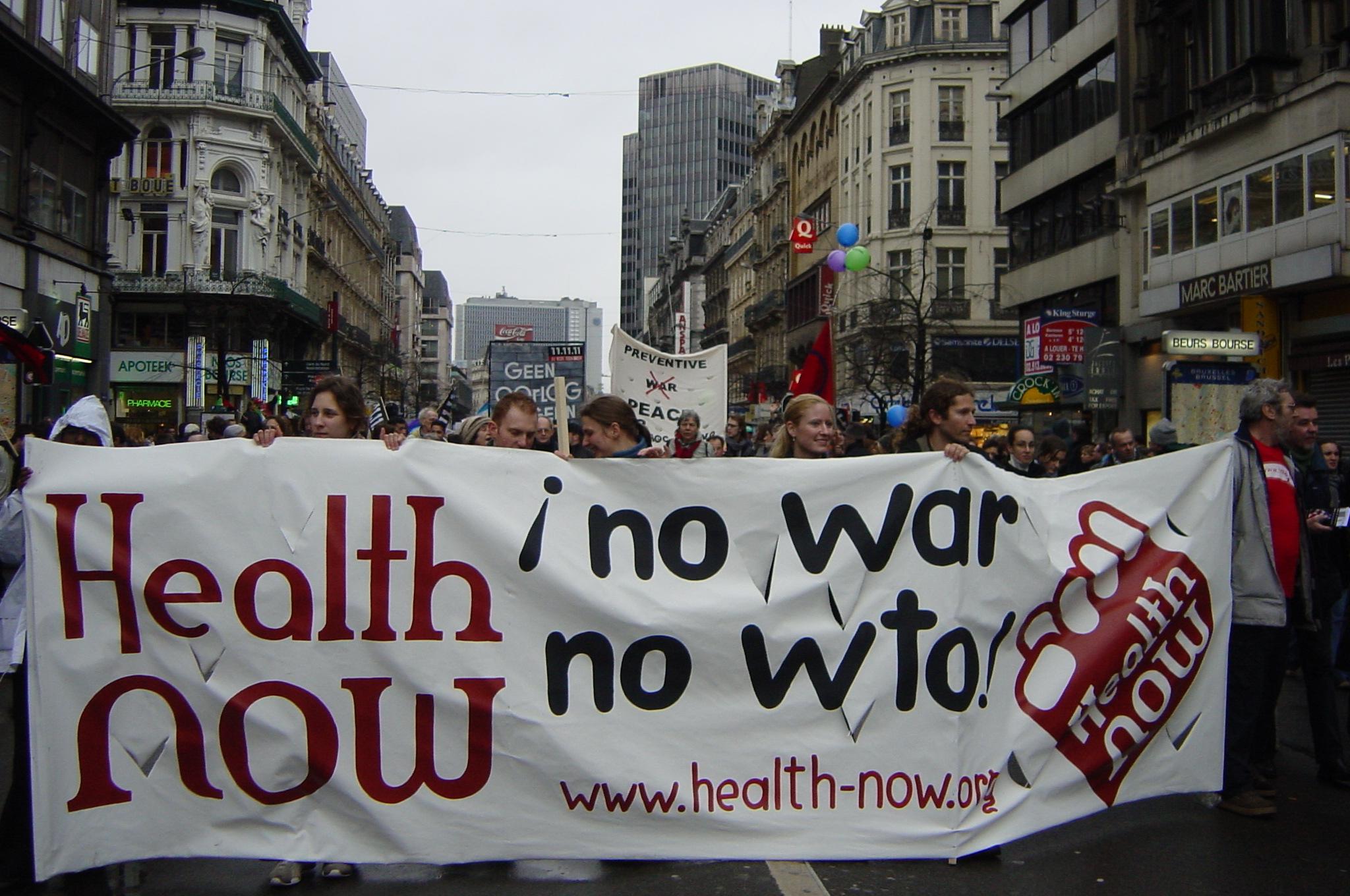anti-oorlogsbetogers...
