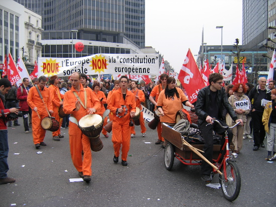 Euro manif from diff...